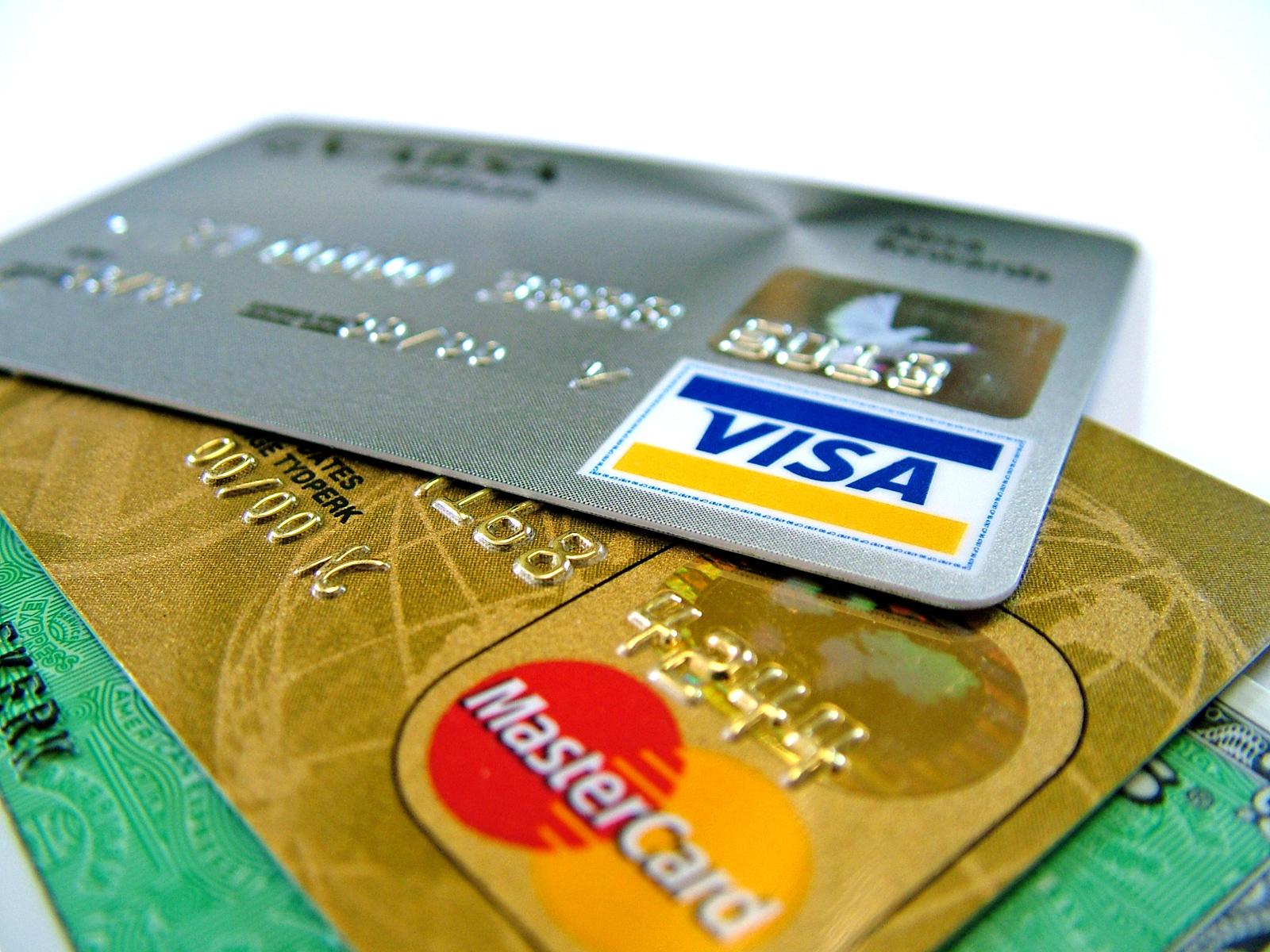 クレジットカード 中古車購入