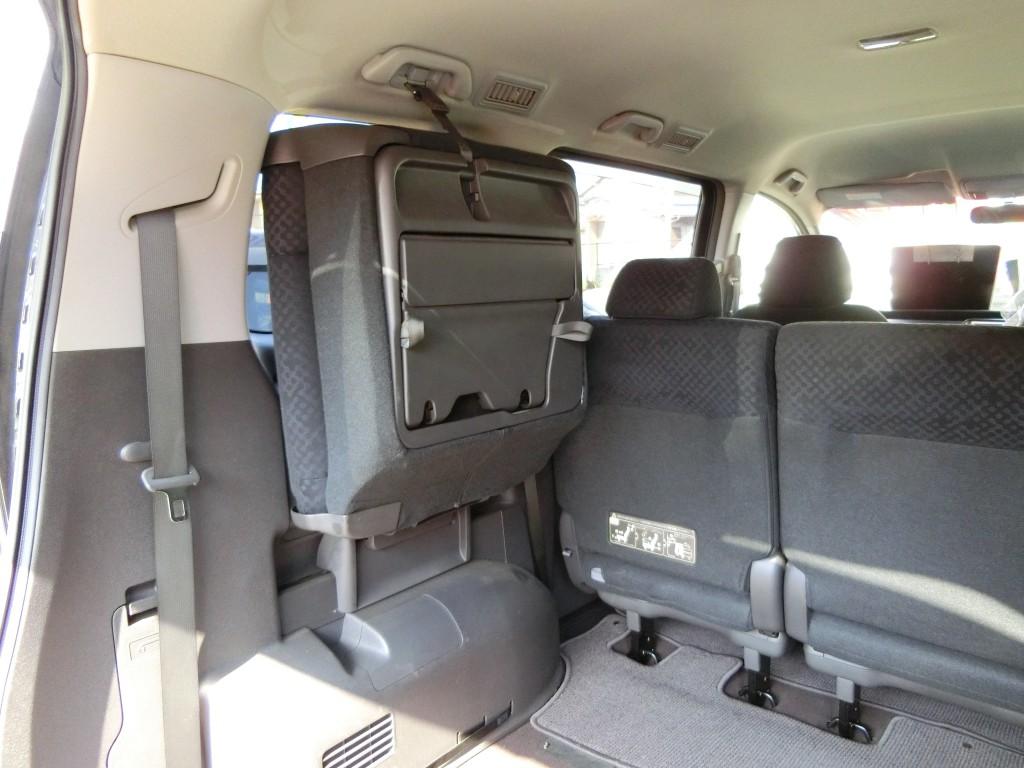 ステップワゴンRG型 荷室寸法