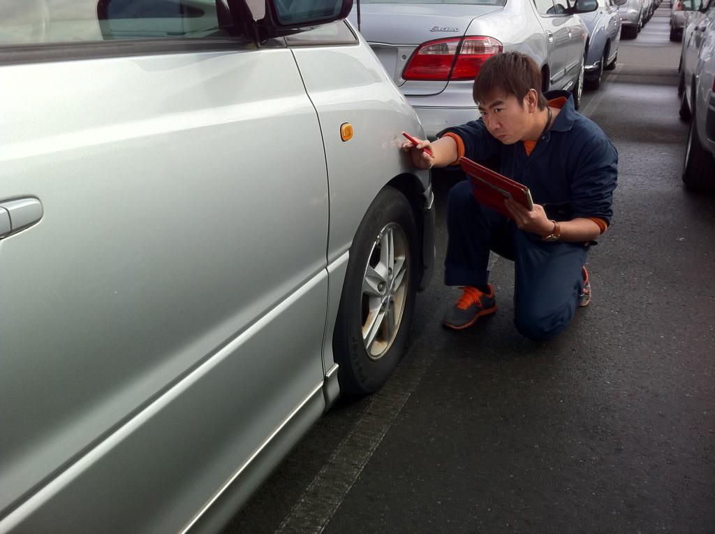 中古車外装チェック方法