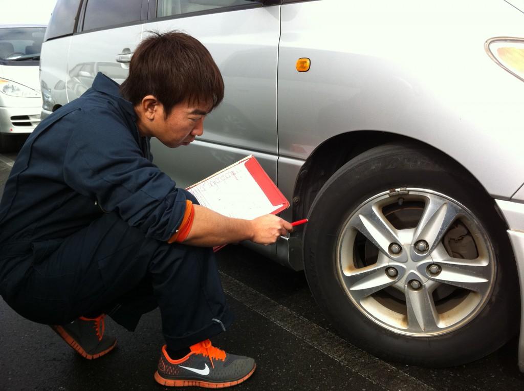 中古車タイヤチェック方法