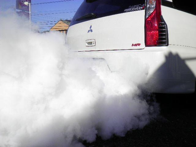 エンジン白煙