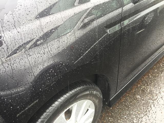 中古車 雨の日 キズ