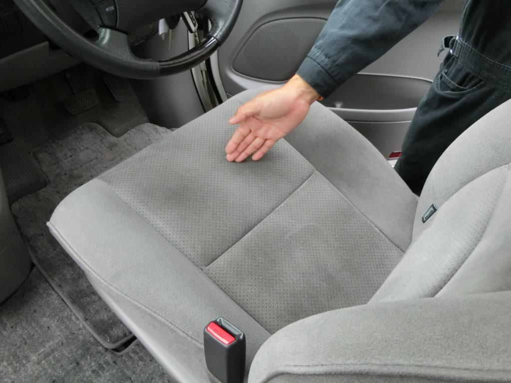 中古車 車内の状態チェック