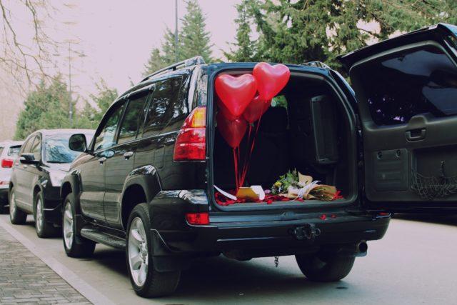SUV 荷室狭い